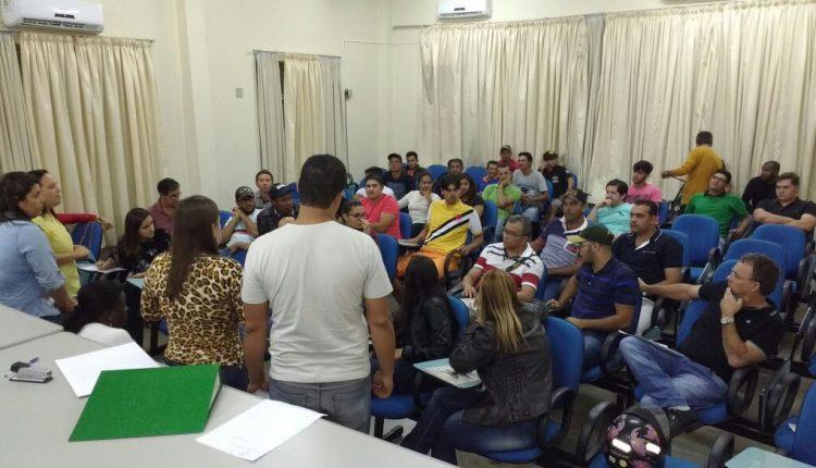 Secretarias de Educação e de Cultura têm primeira reunião com os grupos de montaria para o 2 de Julho