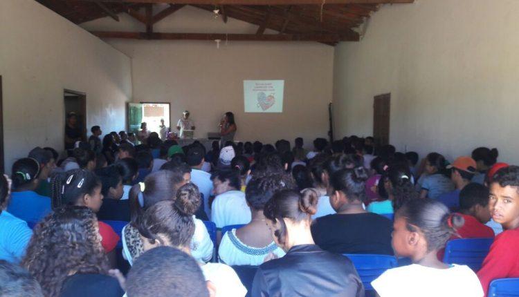 USF de Saúde da Família realiza atividades com adolescentes em Pajeú do Vento