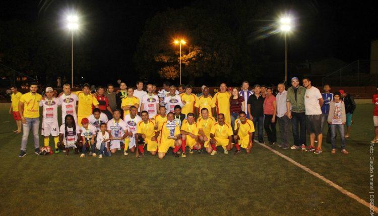 Minas Calçados é a grande campeã do Campeonato de Futebol Society Super Master 2017