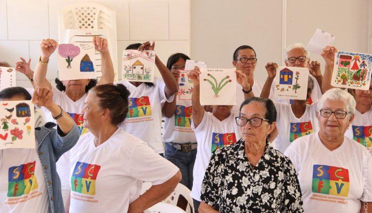 Projeto Colcha de Retalhos é realizado no CRAS