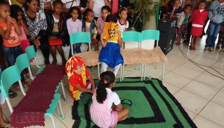 Escola Mem de Sá realiza culminância do projeto: o trabalho com gêneros textuais