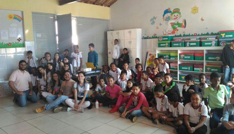 Alunos do Lobão participam de palestra sobre Febre Amarela