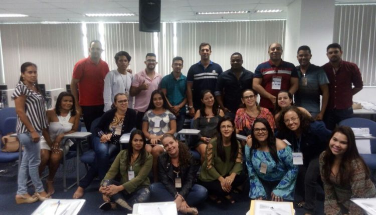 Equipe do Bolsa Família de Caetité participa de capacitação em Salvador