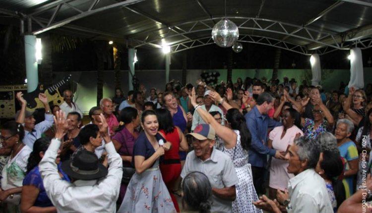 Baile da Saudade celebra os idosos do Serviço de Convivência de Caetité