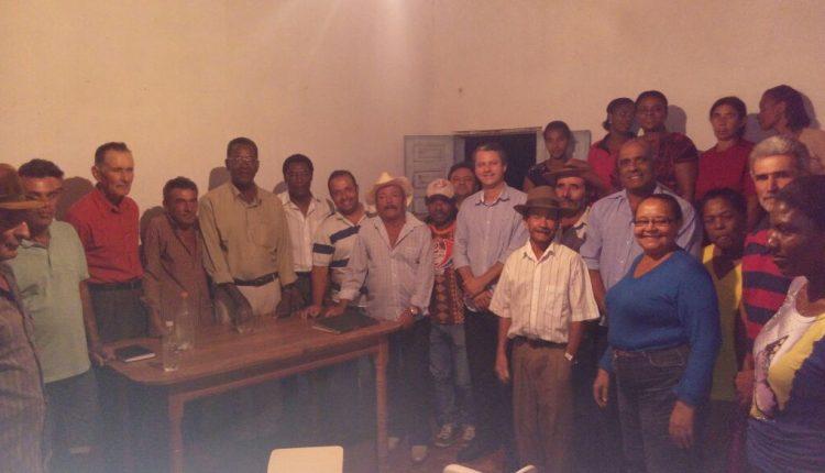 Equipe do Governo Participativo visita comunidade de Riacho da Vaca