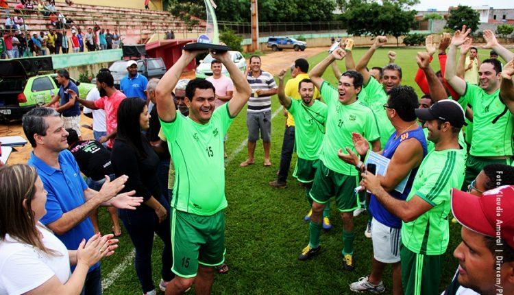 Líder é a vencedora do Campeonato de Futebol Amador Veteranos