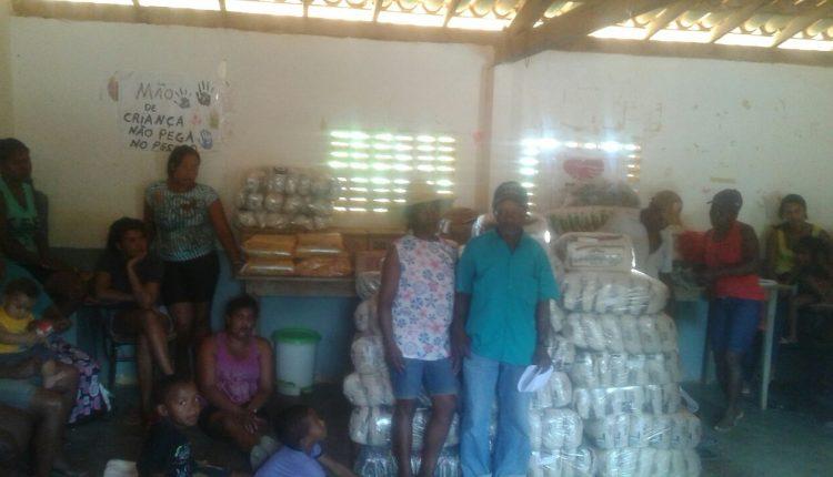 Governo Participativo entrega cestas básicas a 15 comunidades quilombolas