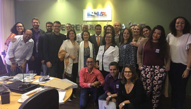 Secretária Municipal de Saúde de Caetité participa de encontro do CEREST em Salvador