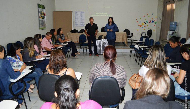 Palestra sobre o manejo para destinação de Resíduos dos Serviços de Saúde é realizada em Caetité