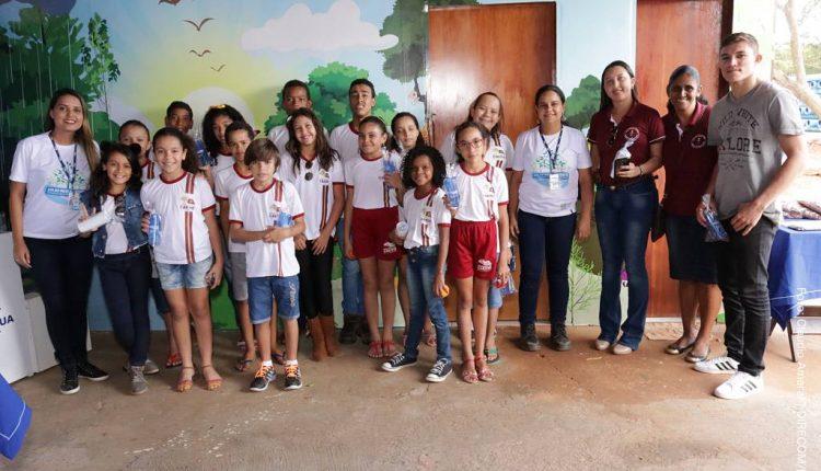 Alunos do PROERD visitam Viveiro Educador da Embasa