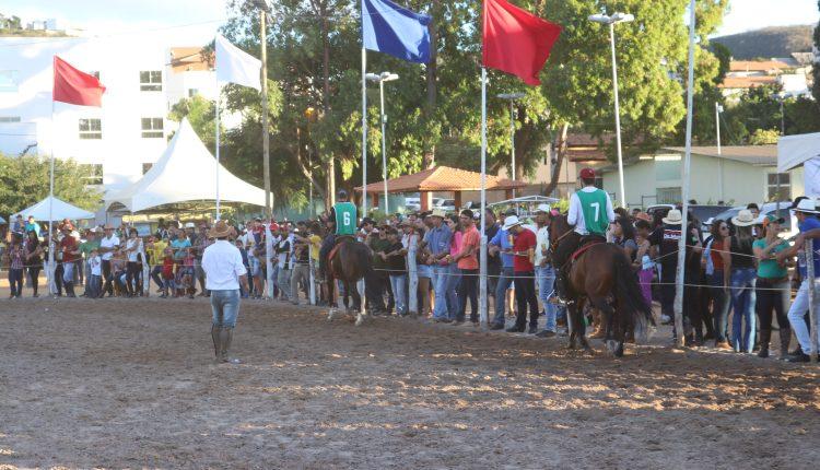 Realizado em Caetité o 9º Campeonato de Equinos abrindo os festejos do 2 de Julho