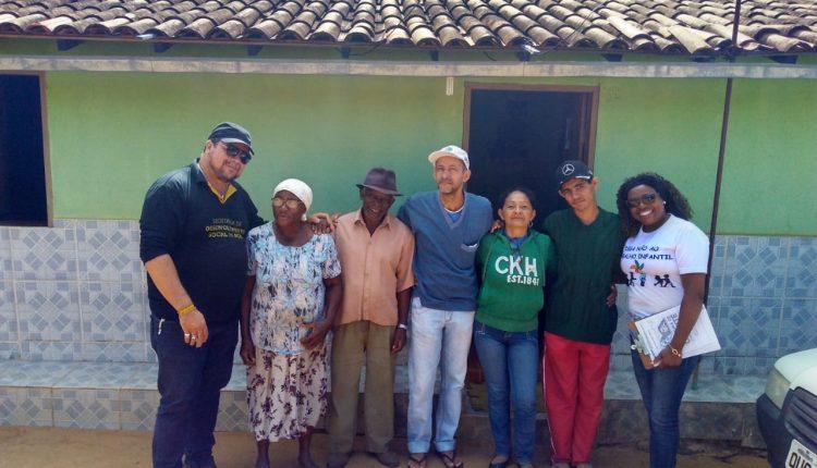 Emoção em encontro familiar após 47 anos na comunidade de Palmital