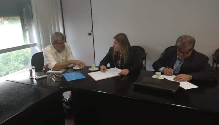 Vice-prefeita de Caetité, Drª Kelly, se reúne com Diretor da SUDESB