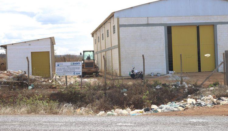 Prefeitura de Caetité inicia obra de intervenção no lixão