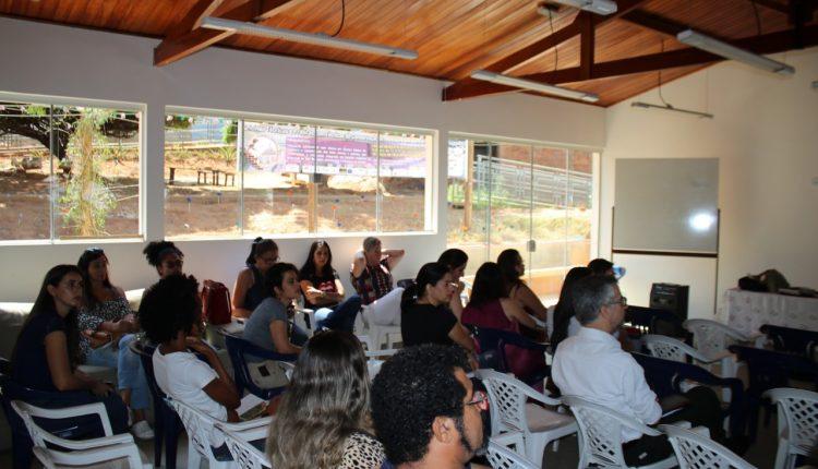 Prefeitura e AMPC realizam oficina sobre técnicas de conservação e restauro
