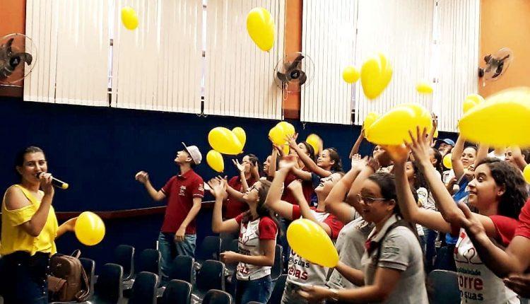 CRAS Urbano realiza palestra no CETEP sobre a prevenção do suicídio