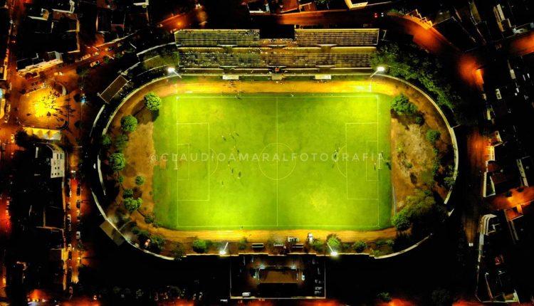 Prefeitura de Caetité entrega Iluminação do Estádio Paulo Souto