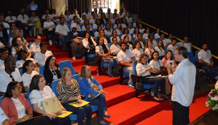 Secretaria de Desenvolvimento Social realiza encontro com rede socioassistencial do município