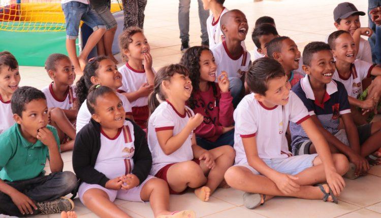 Programa Primeira Infância no SUAS realiza evento com crianças na Comunidade do Tamboril