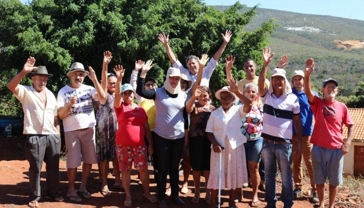 Prefeitura realiza curso de agroecologia e horta econômica com agricultores da comunidade de Água Quente