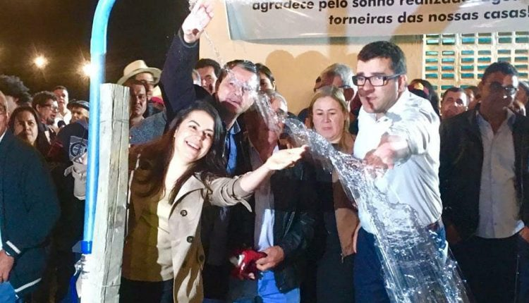 Governo Participativo realizou a entrega de uma das maiores adutoras da zona rural da história de Caetité