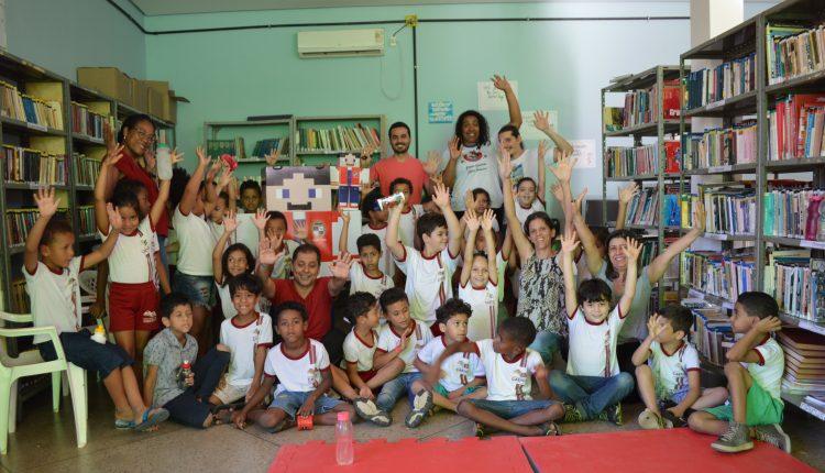 Projeto leva contação de história e robótica para a Biblioteca Municipal Cézar Zama