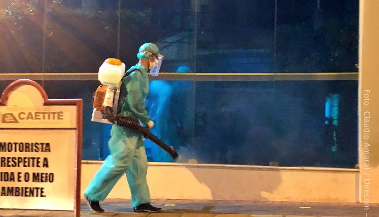 Prefeitura realiza desinfecção de espaços públicos em Caetité